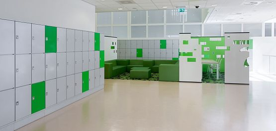 Lockers door Oostwoud International